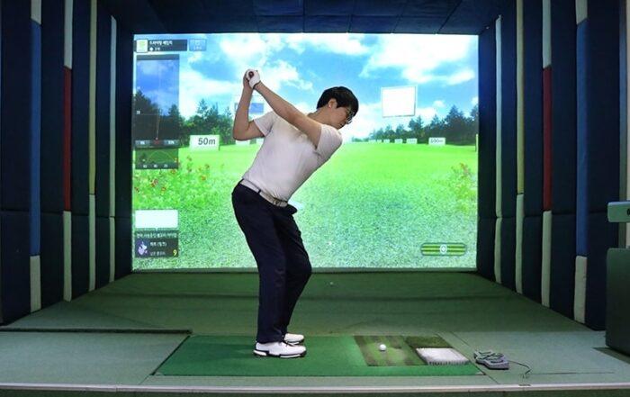 xu huong tap indoor golf